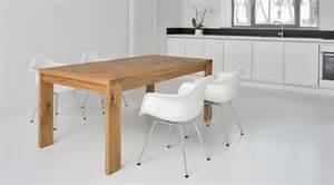 design vasen designer holztisch massiv massivholztisch lungo
