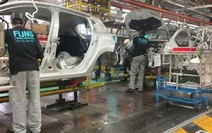 Renault Les Mureaux : les mureaux d crochez un travail l usine renault le parisien ~ Gottalentnigeria.com Avis de Voitures