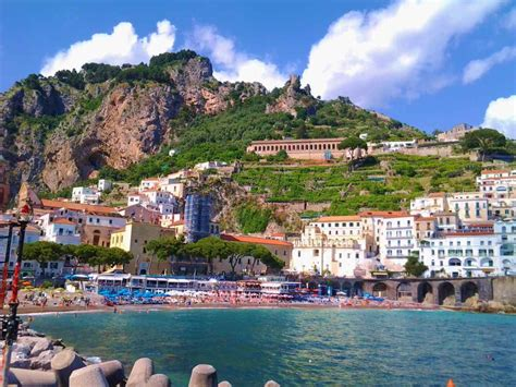 Pompeii And Amalfi Coast Tour  Full Day From Rome Limo