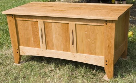 wood work cedar blanket box plans  plans