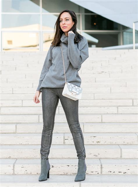 Six Ways Wear Leather Leggings Winter Fashion Trends