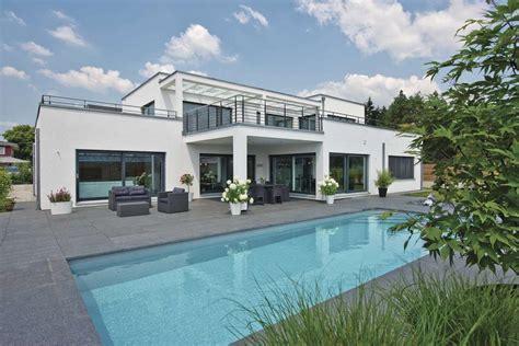 Moderne Häuser Mit Pool Kaufen by Individuell Geplantes Weberhaus Luxusvilla Im Bauhaus