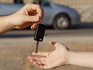 Mettre Sa Voiture En Location : location auto mettre ses papiers en r gle avant de louer sa voiture ~ Medecine-chirurgie-esthetiques.com Avis de Voitures