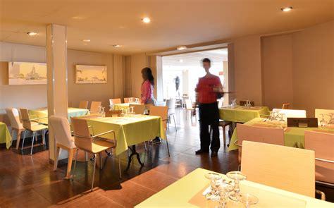 resto le bureau bureau restaurant b amsterdam b bylon rooftop and