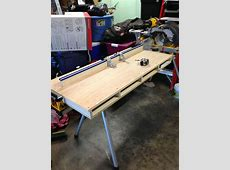 Miter saw table Used with Dewalt tablebracket and Kreg