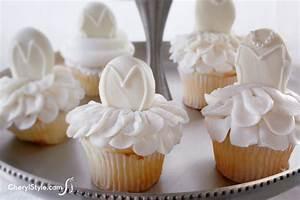 Tutu cupcakes fun family crafts for Wedding shower cupcakes