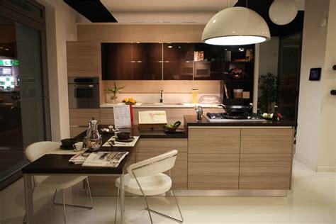 sedie scavolini cucina scavolini mood laccata lucido e larice biscotto