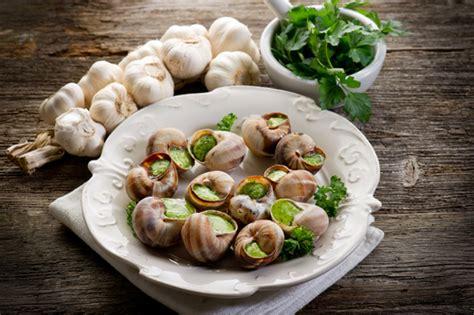 cuisiner les escargots astuce du chef lignac comment cuisiner l 39 escargot de