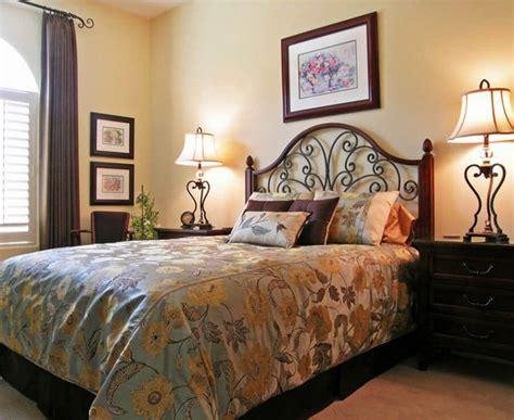 Interior Decor Guest Bedroom Decorating Ideas — Gentleman