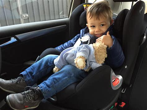 siege auto bebe qui se tourne j 39 ai enfin mis le siège bébé à la route poulette