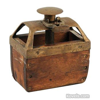 kitchen collectables store antique kitchen technology price guide antiques