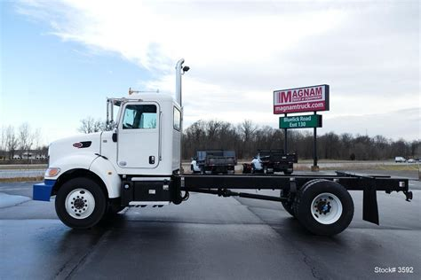 2013 peterbilt 337 for sale 48 used trucks from 35 977