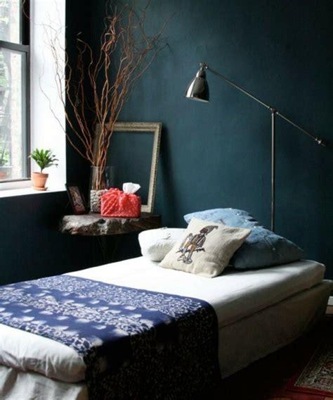 chambre jaune et bleu 1001 idées pour une chambre bleu canard pétrole et paon
