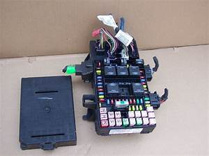 2005 2006 Lincoln Navigator Expedition Fuse Relay Block