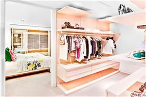 Begehbarer Kleiderschrank Ecke : diy begehbarer kleiderschrank zum selberbauen ~ Markanthonyermac.com Haus und Dekorationen