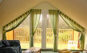 Vorhänge Für Große Fenster : 1001 ideen f r dachfenster gardinen und vorh nge ~ Sanjose-hotels-ca.com Haus und Dekorationen