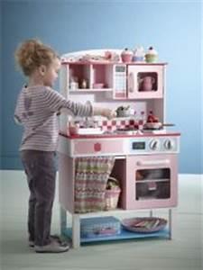 Cuisine Bois Enfant Pas Cher : colorier jouer ~ Teatrodelosmanantiales.com Idées de Décoration