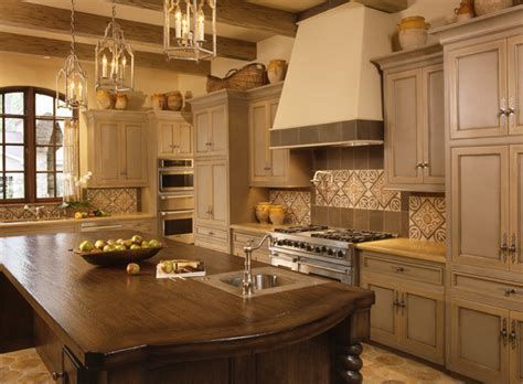 mediterranean colors for kitchen two color grey and cr 232 me kitchen cabinets mediterranean 7419