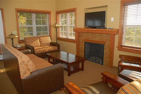 lake rathbun cabins cabin at honey creek resort state park moravia iowa