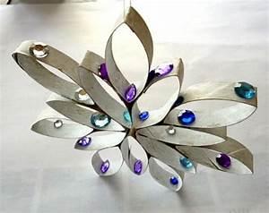 Sterne Selber Basteln Mit Perlen : stern aus k chenpapierrolle und perlen weihnachten ~ Lizthompson.info Haus und Dekorationen