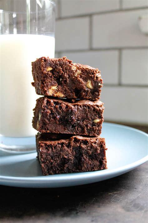 Best. Brownies. Ever. One-Bowl & Perfectly Fudgey - SavvyMom