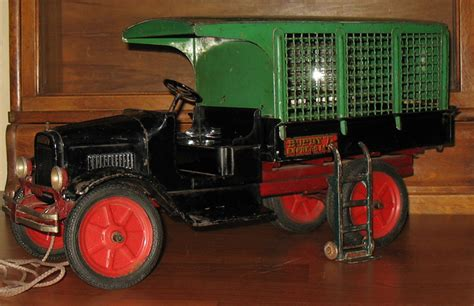 buddy l museum free appraisals buddy l trucks pressed steel toys the facts before selling your antiquetoys