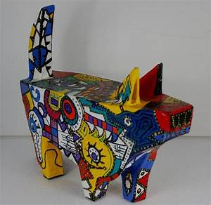 Sculpture En Papier Maché : items similar to picasso 39 s dog brightly coloured paper mache sculpture on etsy ~ Melissatoandfro.com Idées de Décoration