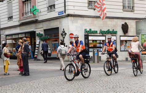Sportwagenfahrer Ueber Die Polizei by Polizeiberuf Aktuell Archives Polizei Schweiz Ch