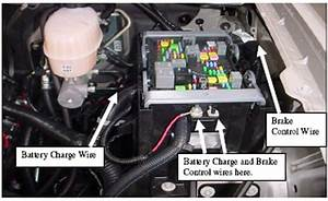 Locating The Brake Control And Battery Charge Wires On A 2007 Gmc Yukon Denali