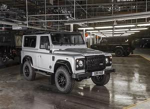 Land Rover Jaguar : 2019 land rover defender confirmed coming with five body styles autoevolution ~ Medecine-chirurgie-esthetiques.com Avis de Voitures