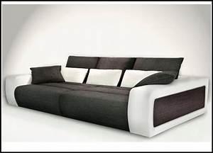 Xxl Sofa Mit Schlaffunktion : big sofa xxl mit schlaffunktion download page beste wohnideen galerie ~ Bigdaddyawards.com Haus und Dekorationen