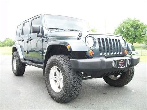Purchase Used 2007 Jeep Wrangler Unlimited Sahara Sport