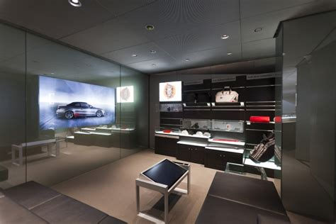» Audi City Showroom By Design4retail, London
