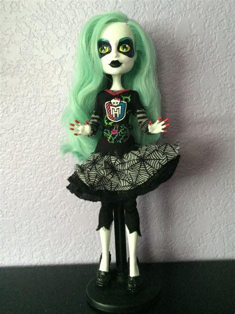 valuing queer identity  monster high doll fandom