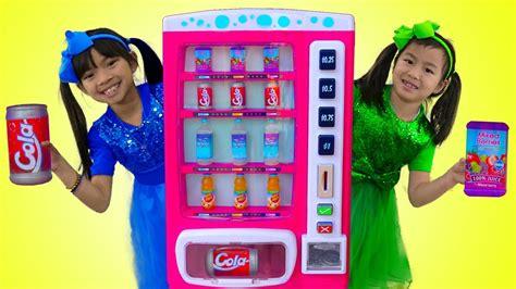Emma Amp Jannie Pretend Play W Pink Vending Machine Soda