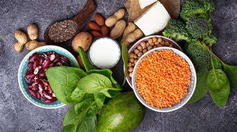 gli alimenti contengono proteine alimenti ricchi di proteine e pochi grassi la lista per