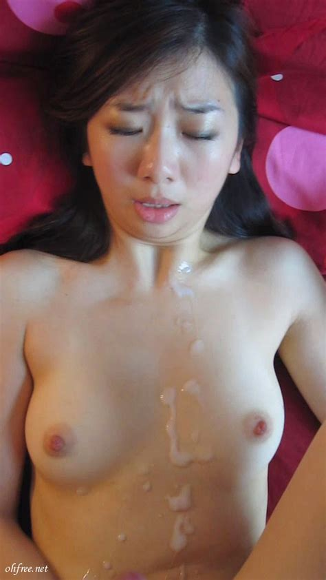 Cathay Pacific Stewardess Eden Lo Sex Scandal