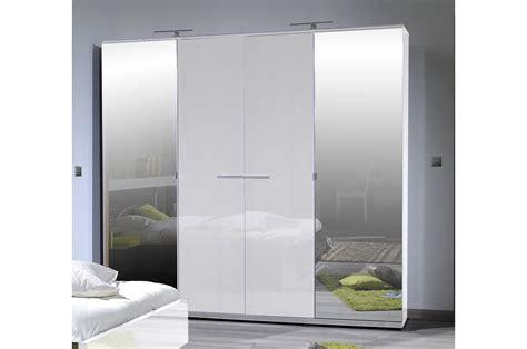armoire de chambre blanche armoire design 4 portes laqué blanc trendymobilier com