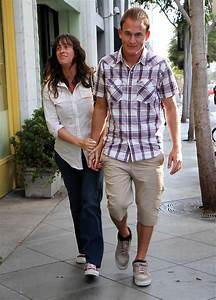 Mario Treadway in Pregnant Alanis Morissette And Husband ...