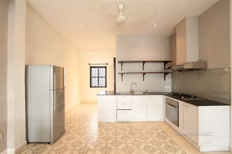 3 Bedroom Apartments For Rent In by Renovated 2 Bedroom 3 Bathroom Apartment For Rent Near