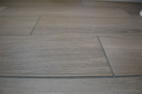 grey tiles black grout this handyman and i when your tile grout turns