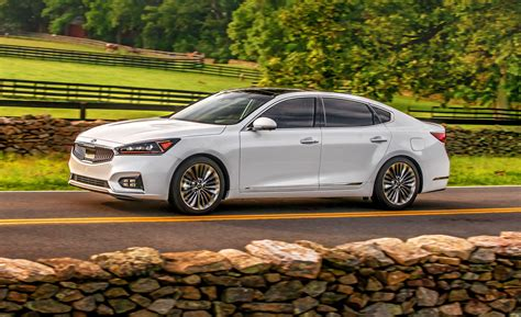 2018 Kia Cadenza  Indepth Model Review  Car And Driver