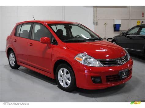 red nissan versa 2010 red alert nissan versa 1 8 sl hatchback 58852914