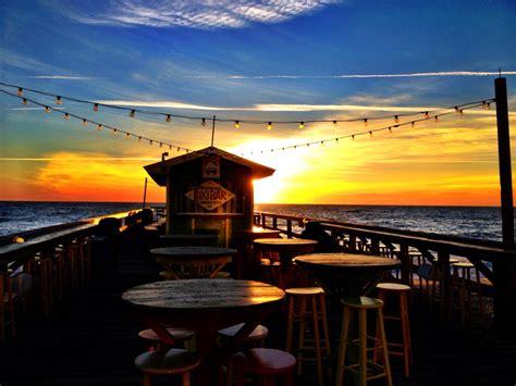ocean grill carolina beach north carolina  tiki bar