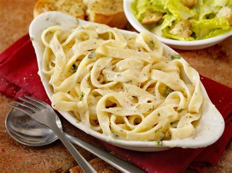 True Origin Of Fettuccine Alfredo, The Italian Dish That ...