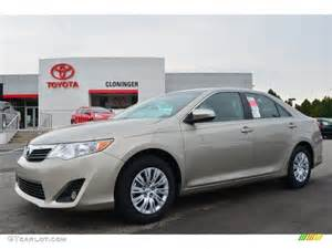 2016 Toyota Camry Color Creme Brulee
