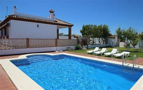 casas con piscina en conil casa paqui con piscina privada en conil conil de la