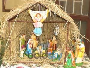 decorate christmas crib for your home boldsky com