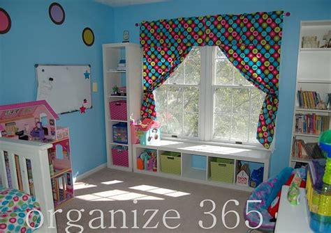 5 Easy Ways To Organize A Girl's Bedroom