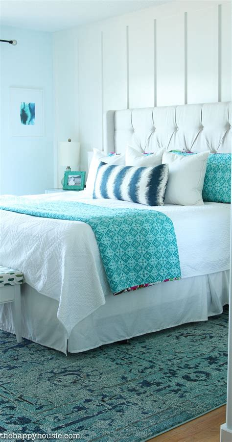 How To Style Your Bedroom On A Budget by How To Decorate Your Master Bedroom On A Budget Inspire